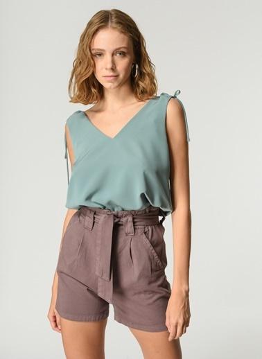 NGSTYLE Kadın Omuz Baglama Detaylı Bluz NGKSS21BL0027 Yeşil